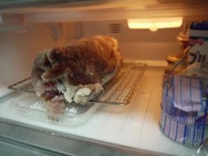 冷蔵庫の生ハム3日目 斜め45度
